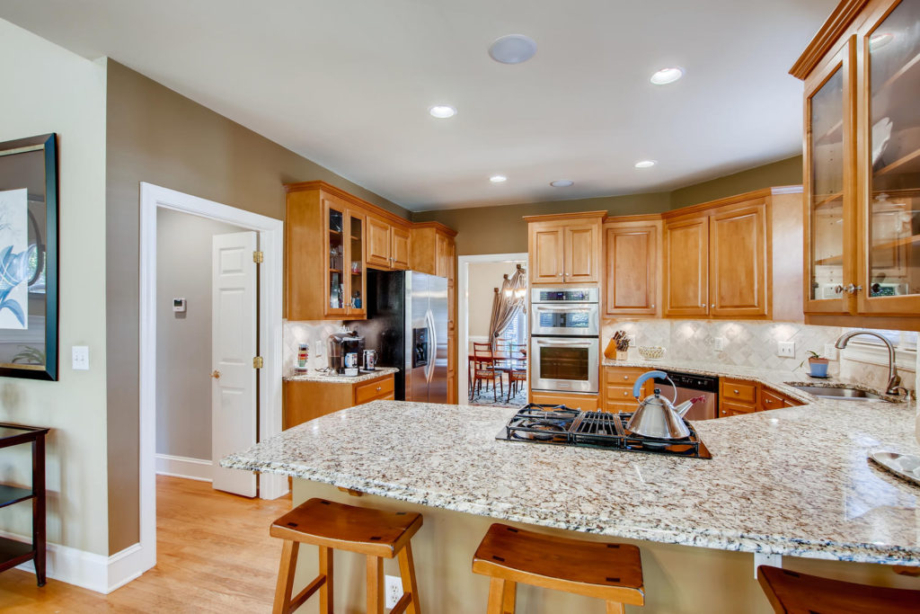 Newest Listing!! Gallery Image 10