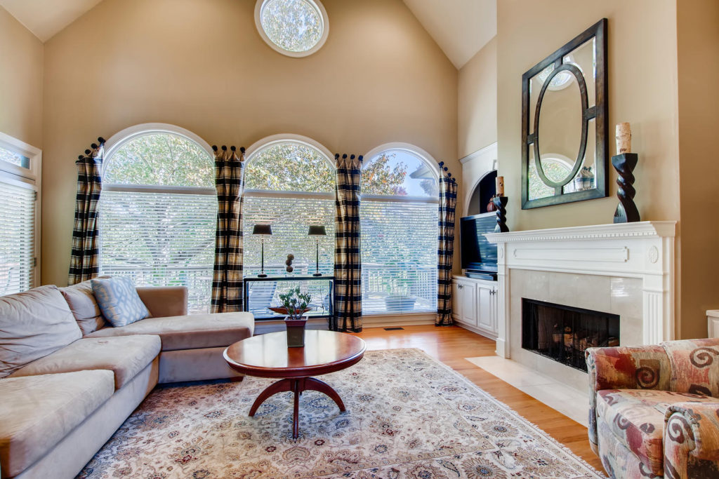 Newest Listing!! Gallery Image 5