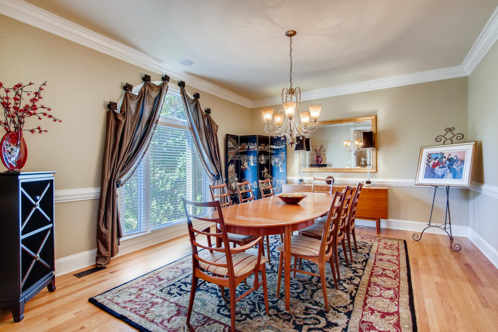 Newest Listing!! Gallery Image 6