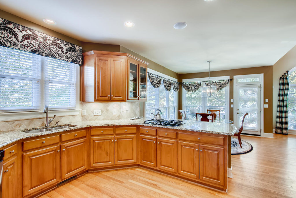 Newest Listing!! Gallery Image 7